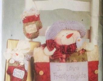Sewing Pattern Butterick 4371 Frosty Daze Pillow & Ornament Pattern Christmas Pattern Uncut