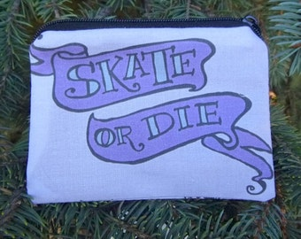 Roller derby coin purse, credit card pouch, stitch marker pouch, Skate or Die, The Raven