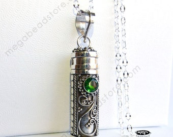 Green Quartz Treasure Pendant Bali Sterling Silver Pendant - P25
