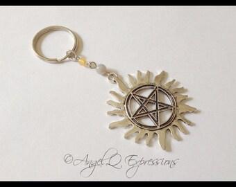 Supernatural Hunter Sun Pentagram Anti-Possession Symbol Keychain with Agate and Quartzite