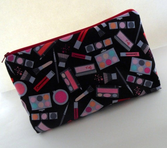 Makeup Cosmetic Bag, Zippered Pouch with Eye Shadow and Makeup on It, Medium Zippered Pouch, Toiletries Bag, Cosmetic Bag, Handmade