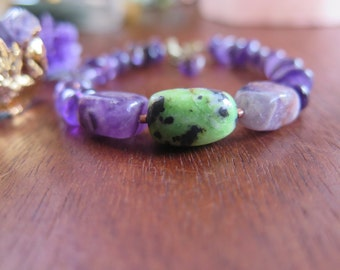 Amethyst and Chrysoprase Hamsa Bracelet - Stacking Armcandy - Crystal Love - Healing Good Vibes - Purple Green Gemstone - Stone Boho Jewelry