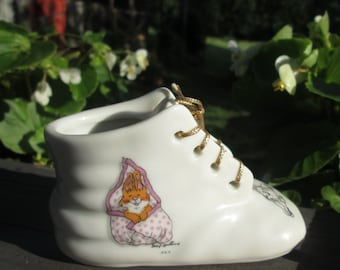 Vintage Suzy's Zoo Porcelain Baby Shoe - 1976 Made in Japan
