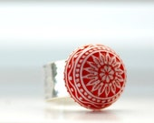 Hammered Ring, Red and White, Lucite Jewelry, Scandinavian, Sterling Silver Plated, Adjustable Ring, Funky Cocktail Ring, Made in Canada