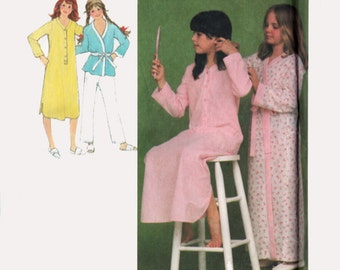 1970s Girls Nightshirt, Wrap Robe and Christmas Pajamas Simplicity 9249 70s Vintage Sewing pattern Size 7/8 UNCUT
