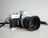 1960s Film Camera Minolta SR-T 101 SLR 35mm with Leather Case, Lens Hood, Vintage Electronics Man Cave Decor Japanese Industrial Collectible