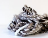 natural handspun yarn, hand spun yarn, handspun art yarn, boucle yarn, chunky yarn, chunky wool yarn, wild yarn, wool, alpaca .. natural 1