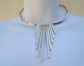Vintage Seventies Silver Tone Fringed Bar Choker Style Necklace /  Statement Chocker Modern Futuristic  Style