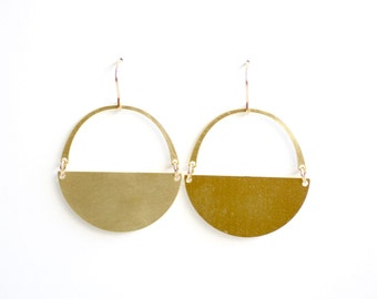 Minimalist Semicircle Arch Earrings - Gold or Silver