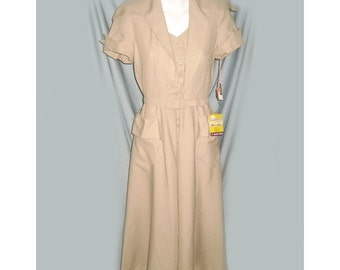 Vintage 1940's Beige Day Dress with NWT