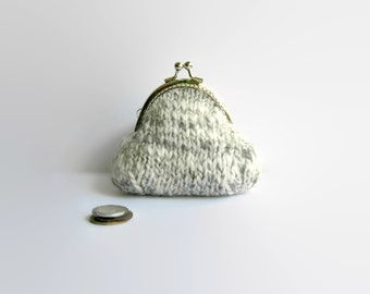 Tweed Gray White Hand Knit Coin Purse, Metal Frame, Cosmetic Pouch, Kiss Lock, Womens Gifts Under 20, Small, Change, Cute, Clasp Coin Purse