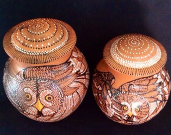 Mica Cremation Urn with Owl, Raven, Bear, Fox, Hummingbird, Dragonfly or Custom Design in 6 Sizes