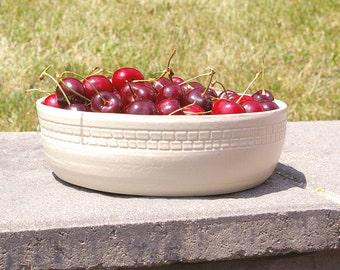 Farmhouse Fruit Bowl, Bridal Shower Pottery Housewarming Gift White serving bowl, Pottery Centerpiece Bowl Kitchen Decor Bowl, Kitchen Gift