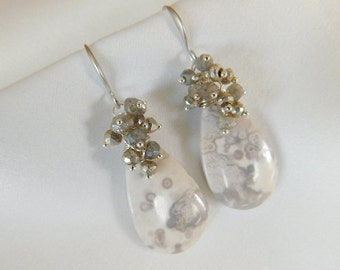 Pale Lavender Agate Earrings - White Earrings - Grey Earrings - Gray Earrings