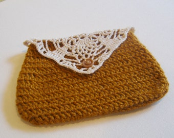 Crocheted Pouch