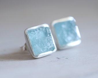 MADE to ORDER. Aquamarine earrings. Sterling silver earrings with natural Aquamarine. Aqua earrings, aquamarine studs, raw aquamarine studs.