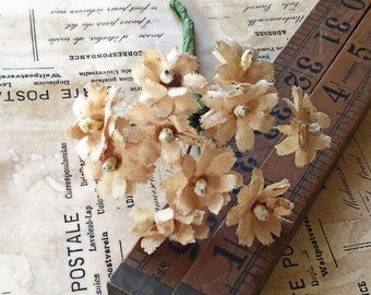 Vintage Millinery Pale Cream Cotton Flowers