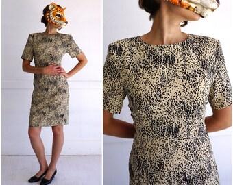 Vintage 80's Beige and Black Leopard Patterned Shift Dress by Jaeger | Medium