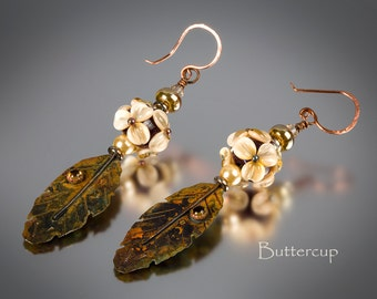 Handmade Lampwork Earrings by BluDragonfly SRA - Lampwork Earrings - Buttercup