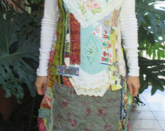 apron love patchwork couture - Altered Lot Vintage Fabric - Collage Clothing - Wearable Folk Art -myBonny random recycled remnants scraps