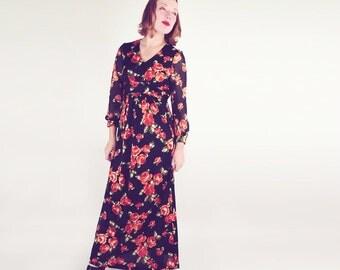 70s Black & Orange Rose Knit Empire Waist Maxi Dress M