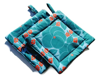 Handmade Quilted Pot Holders Set of 2 Amy Butler Turquoise Blue Flowers Floral