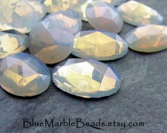 White Opal, Opal Glass Cabochon, Glass Cabochon, Faceted, Oval Cabochon, 20 x 15, Vintage Glass, Flat Back, 4 Stones