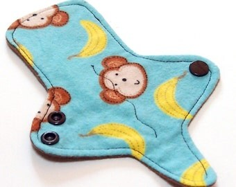 ULTRATHIN Reusable Thongliner Cotton Flannel Mini Pad with wings for Every Day - Washable Cotton Flannel - Bananas