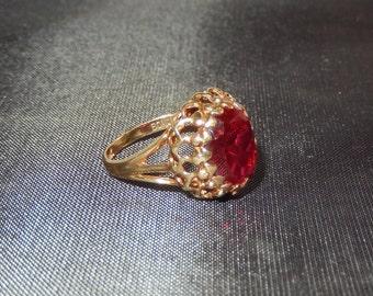 10k Created Ruby Ring - Vintage