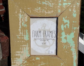 5 x 7 MINT and TAN old vintage wood picture frame