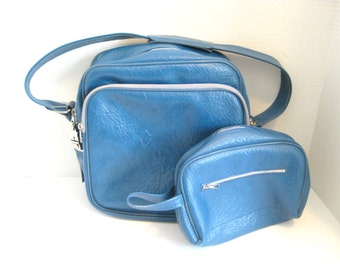 Vintage Carry On Bag Blue Over Night Bag With Cosmetic Case Luggage