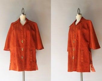 1970s Suede Cape / Vintage 70s Bohemian Toggle Capelet / 60s Suede Leather Jacket