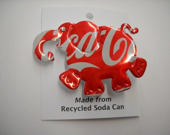 Magnet Pin Coke Elephant Recycled Can