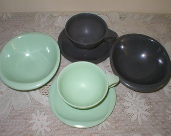 Boontonware Cups Saucers Bowls Melmac Melamine Gray and Jadite Green 6 Piece Collection