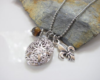 Essential Oil Diffuser Necklace - Locket - Silver Version with Tiger's eye and a Fleur de Lis