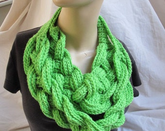 Bright Green Chunky Braided Cowl, Chunky Braided Infinity Scarf, Braided Cowl, Chunky Cowl, Crochet Cowl, Chunky Infinity Scarf