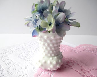 Vintage Fenton Milk Glass Hobnail Toothpick Holder/Vase