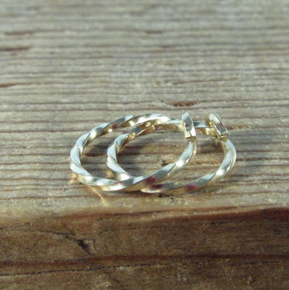 Hoop Earrings Gold Twist - Small Hoop Earrings, Delicate Hoops, Huggie Hoops, Minimal Hoops, Everyday Hoops, Active Hoops, Sleeper Hoops