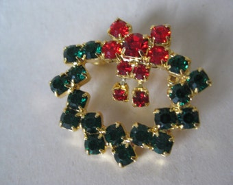 Wreath Rhinestone Brooch Green Gold Red Vintage Pin Christmas
