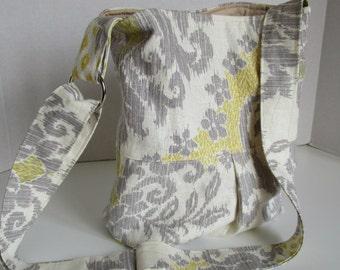 Handbag, tote, shoulder bag, adjustable strap, purse