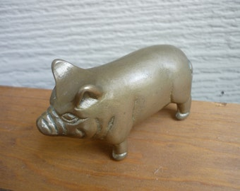 Vintage small brass pig, paperweight, desk assessory, collectible, collectable, brass figuirine