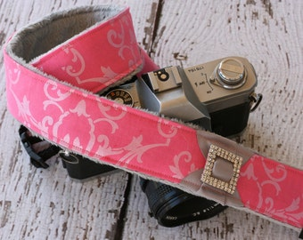 Pink Damask Camera Strap.  dSLR Camera Strap.  Padded Camera Strap. Cute Camera Strap. Camera Straps.