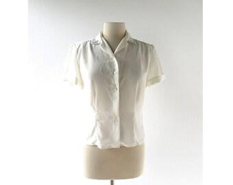 Vintage 50s Blouse / White Embroidered Blouse / 1950s Blouse / Medium M