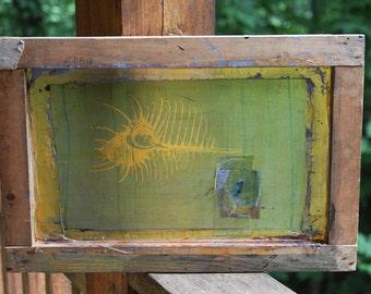 Wooden Framed SILKSCREEN SHELL- Green & Yellow with Grungy Patina- Conch Shell Silk Screen- Vintage Beach Decor