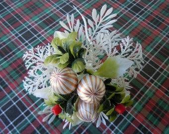 Vintage 1970s Kitsch Christmas Flower Pick Satin Bulbs Mistletoe