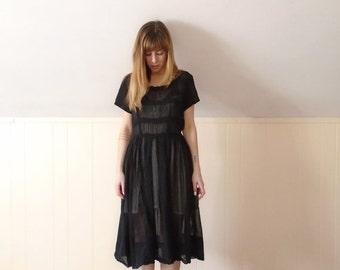 30% off ... 50s Black Short Sleeve Crochet Lace Trim Calf Length Tea Dress - SMALL MEDIUM S M 4 6