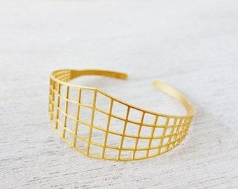 Sale 20% OFF Open Satellite Bracelet, cuff bracelet, cosmic jewelry, urban jewelry, stackable bracelet