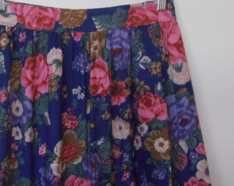 autumn floral in pink and blue...vintage fabric gathered skirt with side seam pockets