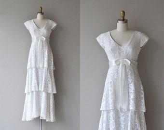 Fouetté wedding dress | vintage 70s wedding dress | lace 1970s wedding dress