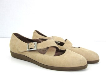 Basic Suede Criss Cross Sandals 80s Minimal Leather Beige Flats Buff Buckled Women's Ballerina Slip Ons size 7